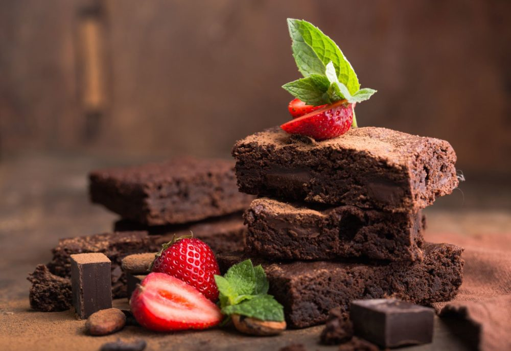 Have You Tried These 7 Vegetable Oil Substitutes For Brownies